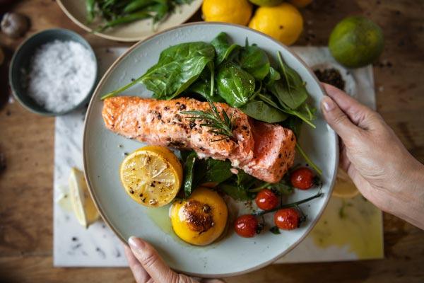 غذاهای مفید برای کم کاری تیروئید