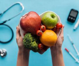 دیابتیها چه میوههایی نباید بخورند؟