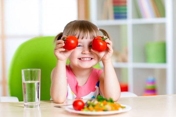 خواص رب گوجه فرنگی برای کودکان