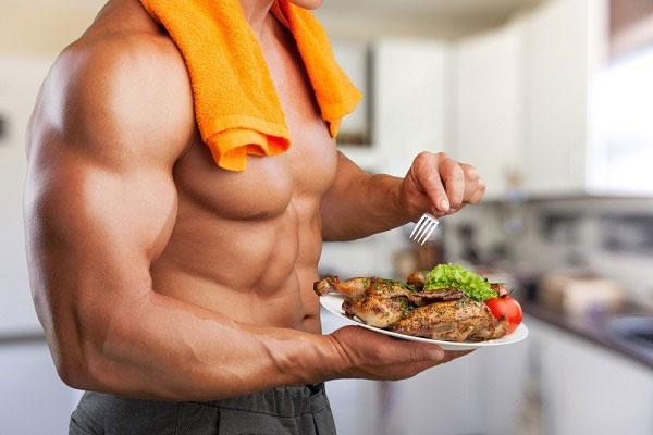 تغذیه بعد از ورزش برای عضلهسازی