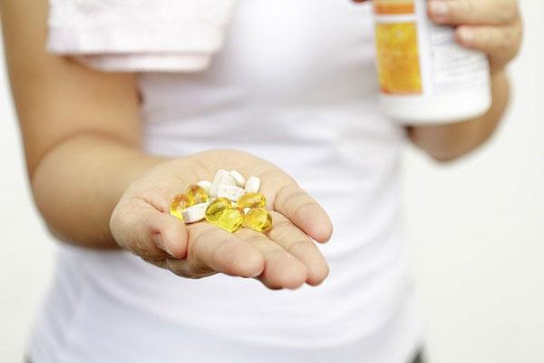 مصرف ویتامین دی در سه ماهه اول بارداری