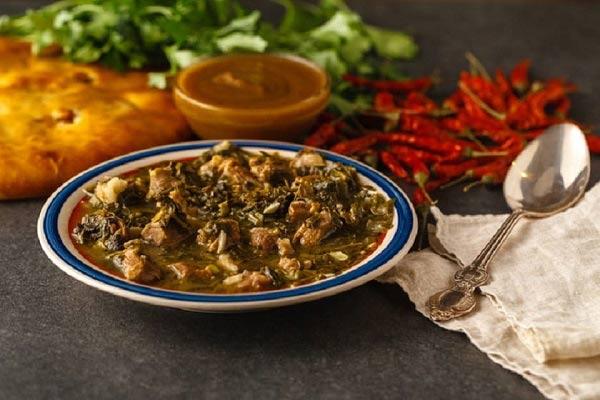 طرز تهیه غذای محلی همدان